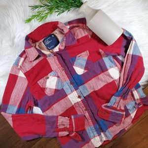 American Eagle Outfitters Plaid Flannel Shirt| red